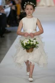 cute hairstyles for first communion first communion hairstyles to do it yourself festive children
