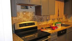 How To Remove A Kitchen Countertop - tile removal 101 remove the tile backsplash without damaging the