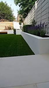 Backyard Planter Designs by Best 25 Modern Garden Design Ideas On Pinterest Modern Gardens