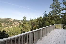 What Is A Banister On Stairs What Is The Maximum Span Of Posts For Railings On A Deck Hunker