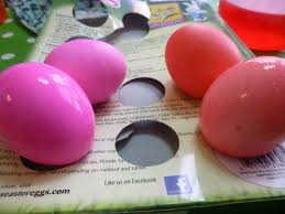why wednesday dye eggs with vinegar or water the neighborhood