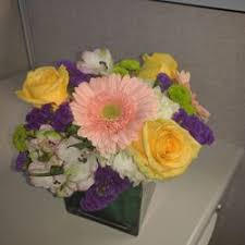 flowers wi felly s flowers 11 reviews florists 205 e broadway
