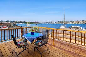 seattle afloat seattle houseboats u0026 floating homes live life