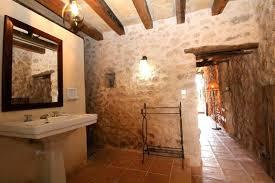 badezimmer landhaus finca auf mallorca mit privatem pool fincaurlaub für familien