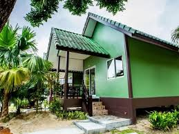 exotic bungalow double freshly renovated ko phi phi don