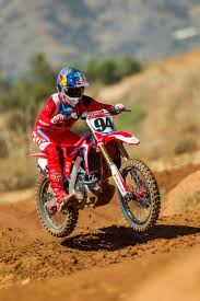 pro motocross salary american honda signs ken roczen to multi year contract dirt rider