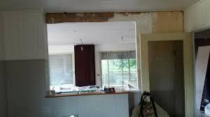 ouverture salon cuisine au 1er étage l ouverture entre cuisine et salon est faite le faux