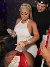 photos pregnant blac chyna makes it rain at miami strip club