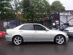 lexus is 200 lexus is 200 2 0 sport 4dr low mileage fabulous car in hall