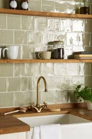 kitchen tile ideas uk what tile and wall colours go with black worktops cupboards