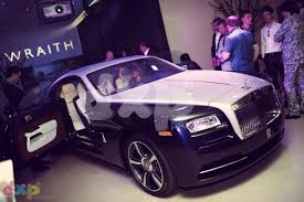 purple rolls royce rolls royce wraith launch dxp production dubai private events