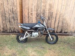wanted to show you guys my pit bike 108cc honda crf50 at least