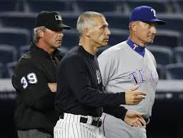 Joe Banister Rainy Game Ends At 2 44 A M Yankees Lose To Rangers In 9th