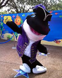 seaworld halloween trick or treat tips at mickey u0027s not so scary halloween party and