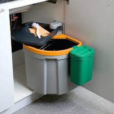 poubelle cuisine de porte poubelle cuisine porte placard poubelle 355 litres cuisine