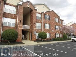 apartment unit h at 3716 cotswold avenue greensboro nc 27410