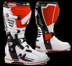 motocross boots motocross action magazine mxa team tested forma dual pivot