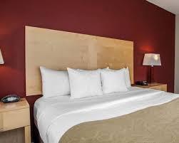 Comfort Suites Michigan Avenue Chicago Magnificent Mile Hotel Comfort Suites In Chicago Il