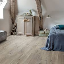 Quick Step Laminate Flooring Uk Quick Step Livyn Cotton Oak Grey With Saw Cuts Pulse Click Pucl40106