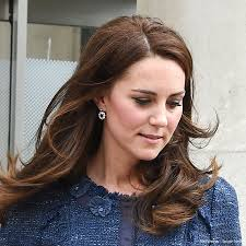 kate middleton diamond earrings kate visits london bridge attack survivors at king s college