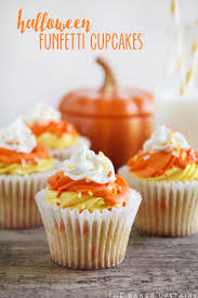 the baker upstairs halloween funfetti cupcakes