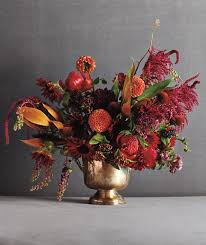 flower arrangement ideas 5 beautiful do it yourself flower arrangement ideas real simple