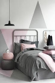peinture chambre sous pente chambre blanche ikea best chambre coucher moderne algerie chambre