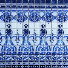 crystal glass tile blue and white puzzle mosaic tile crackle