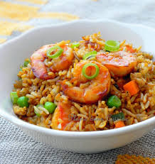 cuisiner crevette riz sauté aux crevettes une plume dans la cuisine