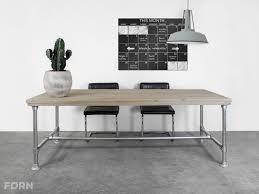 alter bureau steigerhouten tafel bureau steigerbuizen onderstel pazio
