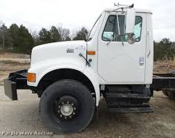 2000 international 4700 truck chassis item da2635 sold
