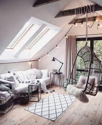Loft Apartment Bedroom Ideas Best 25 Loft Decorating Ideas On Pinterest Loft House Design