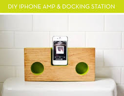 diy wood charging station how to make a mod iphone amp and docking station out of wood curbly