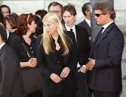 256 best carolyn bessette kennedy images on pinterest carolyn