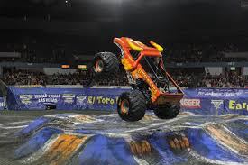 monster mutt monster truck videos fotos y videos page 4 monster jam