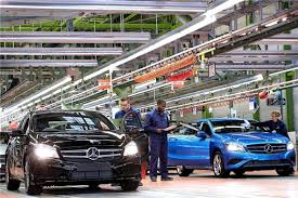 mercedes alabama plant daimler looks to electrify alabama production plant
