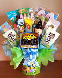 candy basket ideas 25 best candy baskets ideas on candy gift baskets