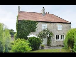 amazing bridge house in helmsley north york moors cottage style
