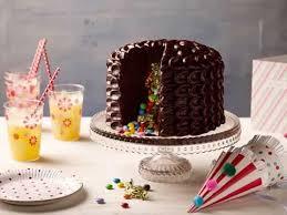 pinata surprise cake betty crocker cakes pinterest betty