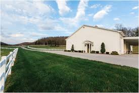 Wedding Venues In Knoxville Tn Barn Wedding Venue Near Knoxville Tn The Carriage House Bride Link
