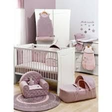 tapis rond chambre bébé tapis fushia chambre bebe solutions pour la décoration intérieure