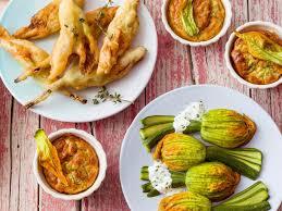 ricette con fiori di zucchina al forno ventagli di zucchine e fiori a vapore sale pepe