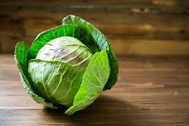 cuisiner un chou vert comment choisir conserver et cuisiner le chou auchan et moi