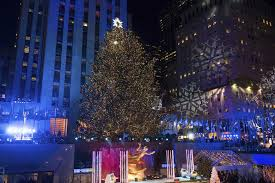 rockefeller tree lighting attracts thousands the