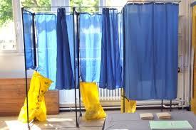 bureau de vote ouvert jusqu à quelle heure fermer tous les bureaux de vote à la même heure est ce vraiment utile