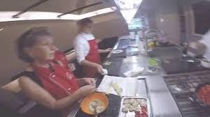 cours de cuisine rome beyond roma cours de cuisine au restaurant ou chez le chef cours