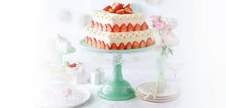 hochzeitstorte erdbeeren mandel erdbeer hochzeitstorte rezepte startseite lidl kochen
