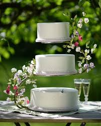 cake stand wedding a midsummer dreams wedding cake with flowerpaste sweet