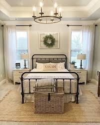 things to do with a spare room best 25 farmhouse bedrooms ideas on pinterest modern farmhouse