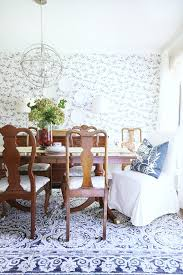 A Little Summer In A Blue And White Dining Room Thistlewood Farm - Blue and white dining room